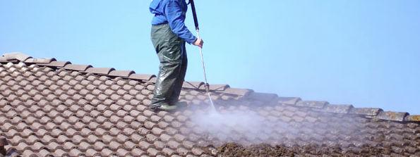 Nettoyage une toiture en Loire Atlantique