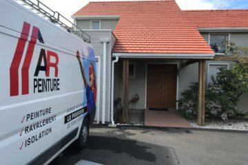 Nettoyage et traitement d'une toiture