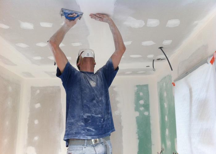ponçage bande du plafond de l'entreprise ar-peinture de pornichet